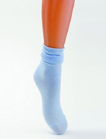 Голубые детские носки на 7-9 лет